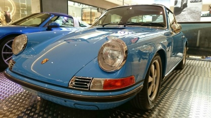 A classic Porsche in the perfect shade of blue
